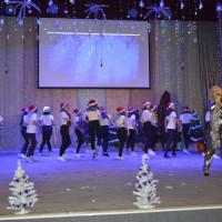 """23 декабря в районном Доме культуры состоялся концерт """"Кактри богатыря новый год спасали …""""."""